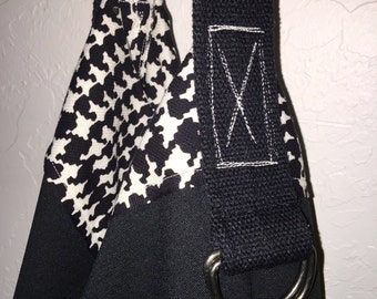 Reversible Hobo Bag - Houndstooth Black and White