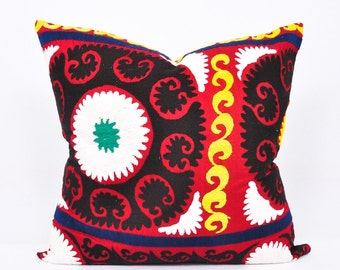 Throw Suzani Pillow - Suzani Pillows -Suzani Cushion Cover-Suzani Cushion-Designer Suzani Pillow-Vintage uzbek suzani pillow cover