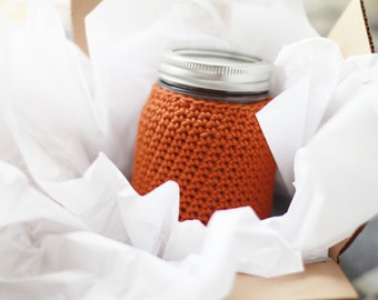 mason jar cozy // zero waste / bring your own / to go mug / cup cozy / crochet cozy / crochet mason jar / jar sleeve / jar mug