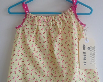 Easy fit girls summer dress in size 1