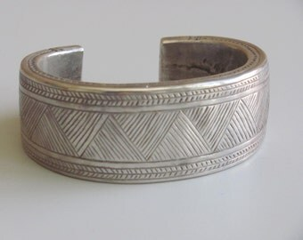 Etched large silver cuff