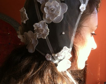 Tulle embroidered bonnet / headwear