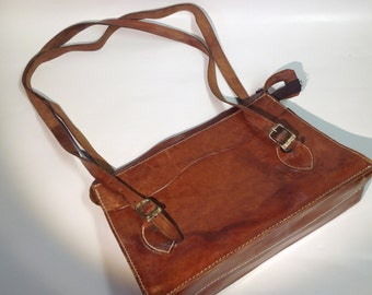 1960's Handmade Leather Shoulder Strap Purse, Nice Condition leather bag