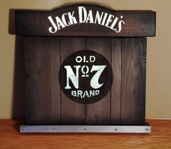 Jeu de fl chettes rustique armoire jack daniels par whiskeycartel - Jeu de flechette en bois ...