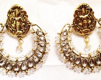 Pearly Royal Earrings