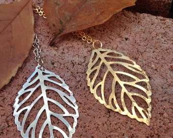Dainty Leaf lariat necklace