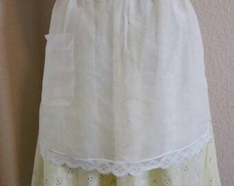 Lace apron