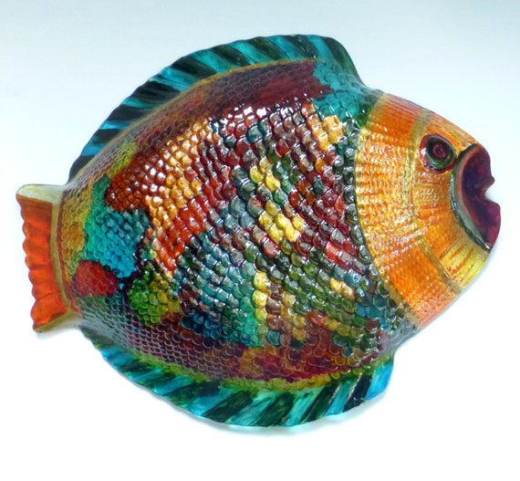 Hand painted glass plate fish glass plate hand painted for Painted glass fish