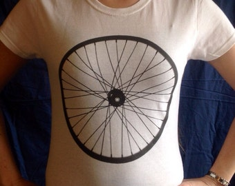 Cycling bicycle wheel