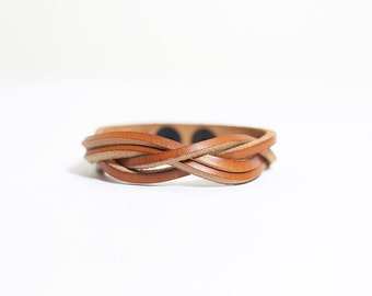 Light Brown braided leather bracelet - unisex style