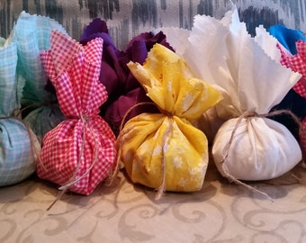 Cute Cedar Sachets for Natural Pest Protection and Pleasant Scent