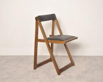 Vintage romanian folding chair