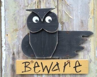 Owl door hanger, owl decor, halloween decor, fall door hanger, halloween owl,halloween sign