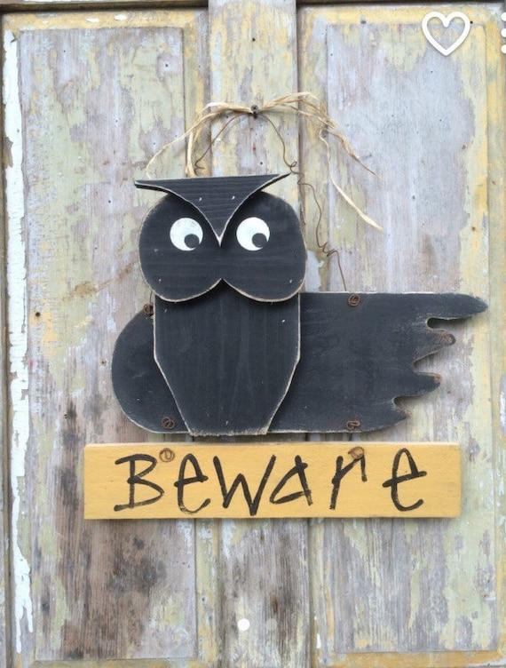 Owl door hanger owl decor halloween decor fall door hanger ~ 102409_Halloween Owl Door Hanger