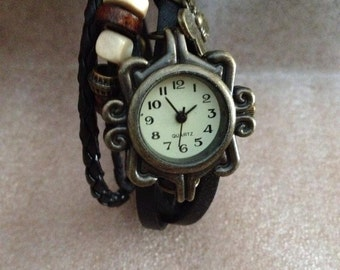 Vintage Black Dial Bracelet Watch Butterfly rings and Inserts