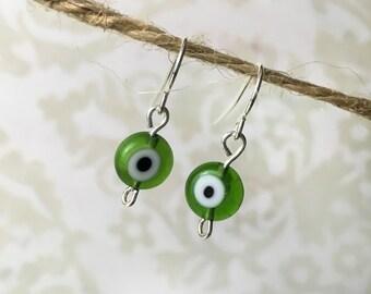 Green Eye Glass Bead Silver