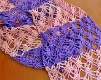 bi-colour lacy scarf