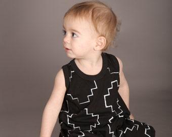 MayaYa Black & White Stairs Romper | Baby Boy Romper | Kids Romper | Unisex Romper | Organic Baby Clothes | Baby Shower Gift | Stairs Romper