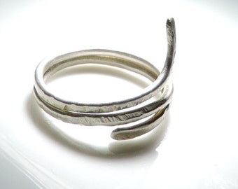 Snake Silver ring, hammered, women - girls jewelry, also to order, earth jewelry series, FREE Shipping