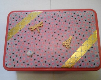 Small tin box