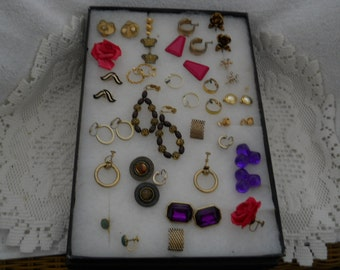 Vintage Jewelry Lot Earrings Clip On #559