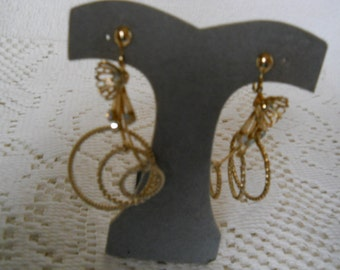 Vintage Rhinestone Gold Tone  Screw On Earrings #301