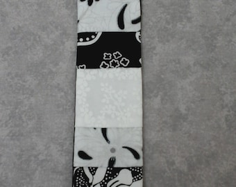 floral bookmark, patchwork bookmark, fabric bookmark, monochrome bookmark, bookmark, cotton bookmark, page marker,