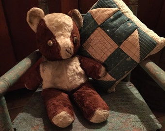 Vintage brown and white teddy bear