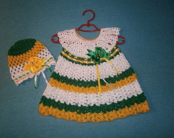 Set:Knitted dresses crocheted+ hat.