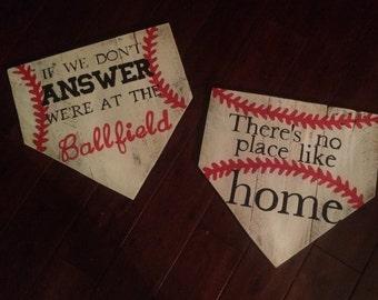 Baseball pallet sign