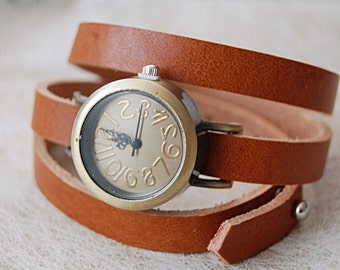 Cognac leather watch