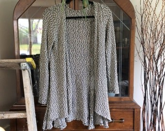 1990s Long Sweater/Cardigan Size Small