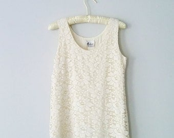 Vintage pale buttercream lace tank! - sleeveless top