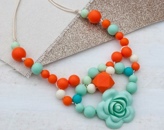 Oasis Teething Necklace