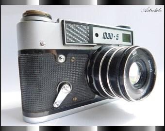 soviet camera FED 5, 35 mm Film Camera USSR the 1970s.  NOT working.