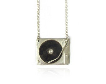 Chief Cougar's 1210 Turntable Necklace