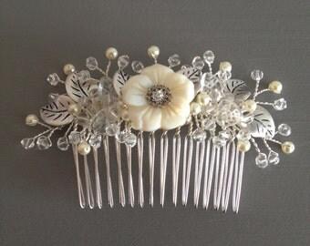 Crystals and pearls Hair Comb , Bridal Hair Comb