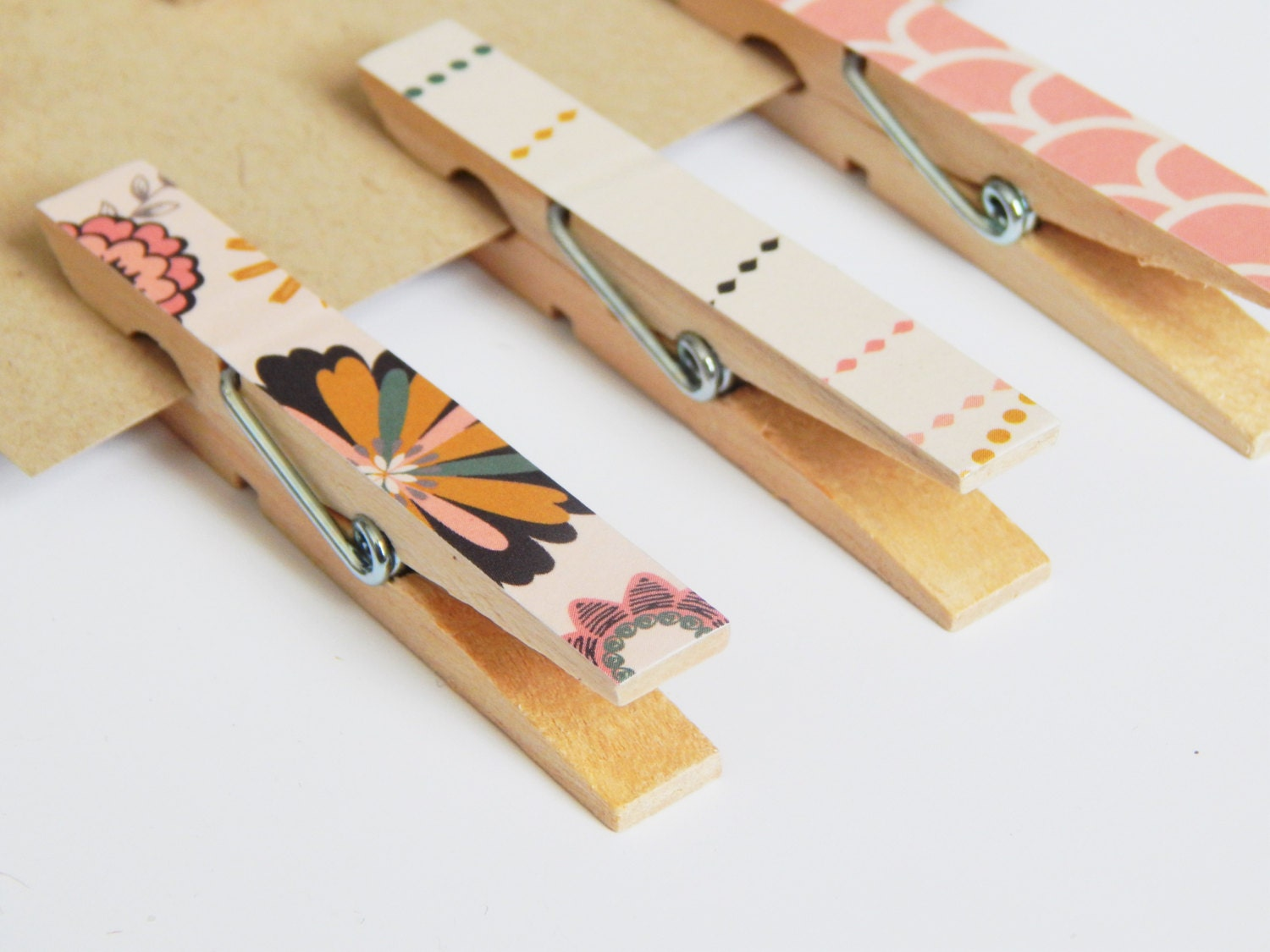 Decorative clothespins classroom decorations hanging for Clothespin photo hanger