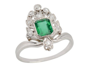 Art Deco Platinum Ring .80 ct. Emerald and Old Mine Cut Diamonds Vintage || 17436