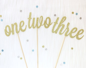 Calligraphy Glitter Table Numbers | Wedding | Baby Bridal Showers | Floral Arrangements | Centrepieces | Cursive Gold Table Numbers
