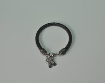 Pendant leather cord bracelet