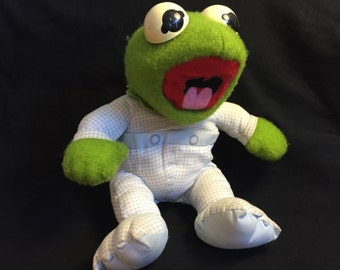 Vintage Kermit the Frog Hasbro stuffed animal 1984