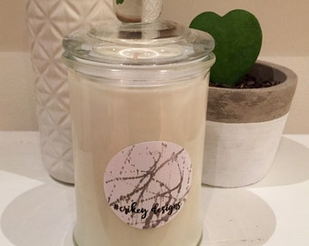 Hand poured scented soy candle