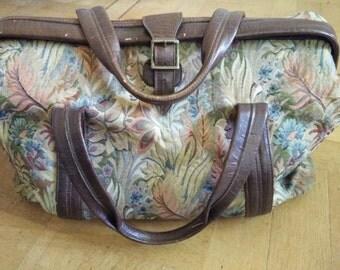 Vintage tapestry leather weekendbag overnight bag