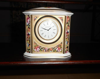 WEDGEWOOD PORCELAIN CLOCK 4 X 4