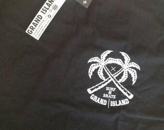 GRAND ISLAND / Basic Tee