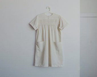 1960s vintage cream pleated dress
