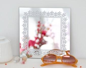 Mirror Linden