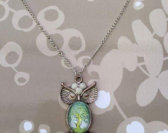 Owl, tree cabochon/magnifying glass necklace