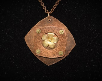 Short Diamond Shaped Necklace
